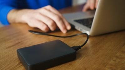 Készítsen rendszeresen offline biztonsági mentést adatairól